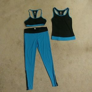 Yoshion 3-piece Exercise Outfit